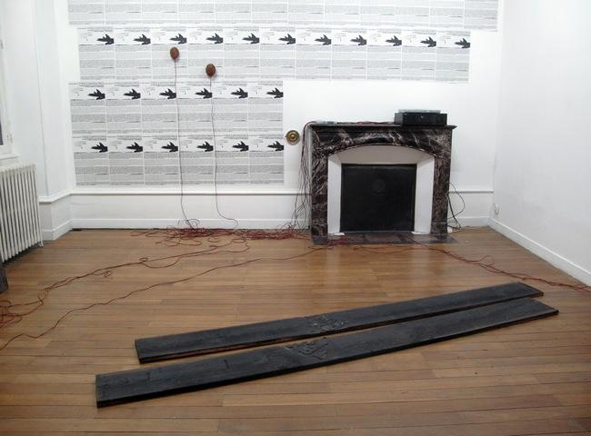 Arnaud Maguet & Olivier Millagou - D'une dérive l'autre ou la tentation du twin fin, vue d'exposition, Interface, 2011