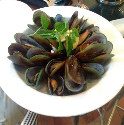 Green lipped mussels from Marlborough Sounds