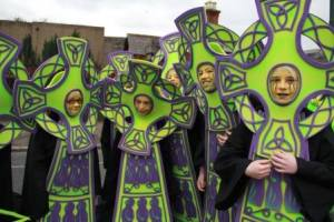Parades Ireland, Celtic cross