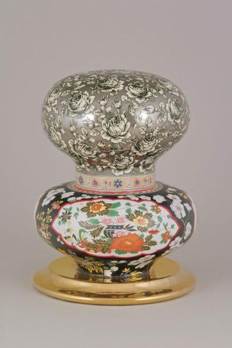 Ceramic, 2002-2004, H.: 27.0 cm; dia.: 20.7 cm