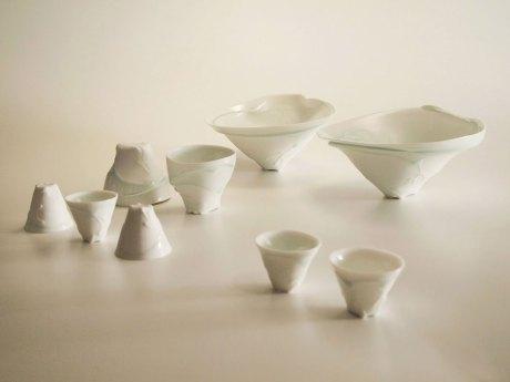 Porcelain, Bowl: 24 x 24 x 12 cm, cup: 10 x 10 x 10 cm, guinomi: 6 x 6 x 6