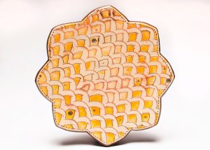 Confetti Curls Dinner Plate, 2014. Ceramic, slip, underglaze, glaze and luster. Wax resist, underglaze washes, sgraffito and multi-fired in an electric kiln. 1 x 9 x 9 inches