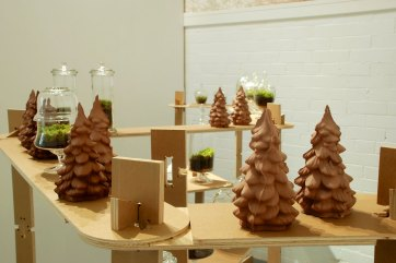Provisional Analogues, Unfired earthenware clay, vitrified porcelain, lead ingot, earth, moss, wood, found glass containers, Installation view, 2011