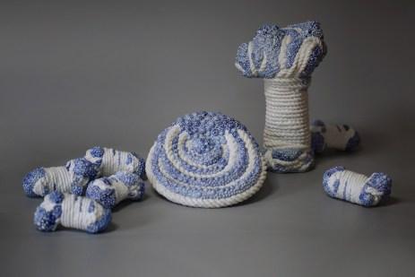 90x45X33cm, porcelain, 2014