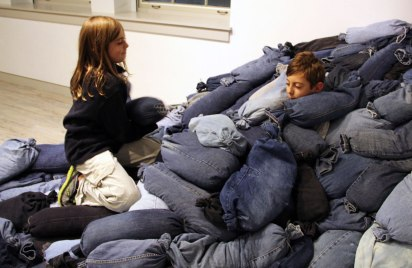 Jeans, wood pellets, twine, scoop, scissors, plywood, participants, 8'x16'x4', 2012