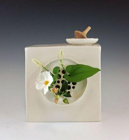 Clay, glaze, underglaze, flowers. 7.5 in x 3 in x 7.5 in each. Detail.