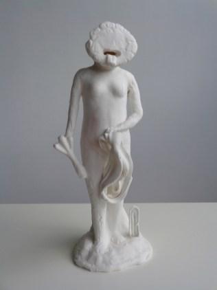 2017, porcelain, 40x13x15cm
