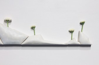 2017, porcelain, white mums, water, magnets, detail