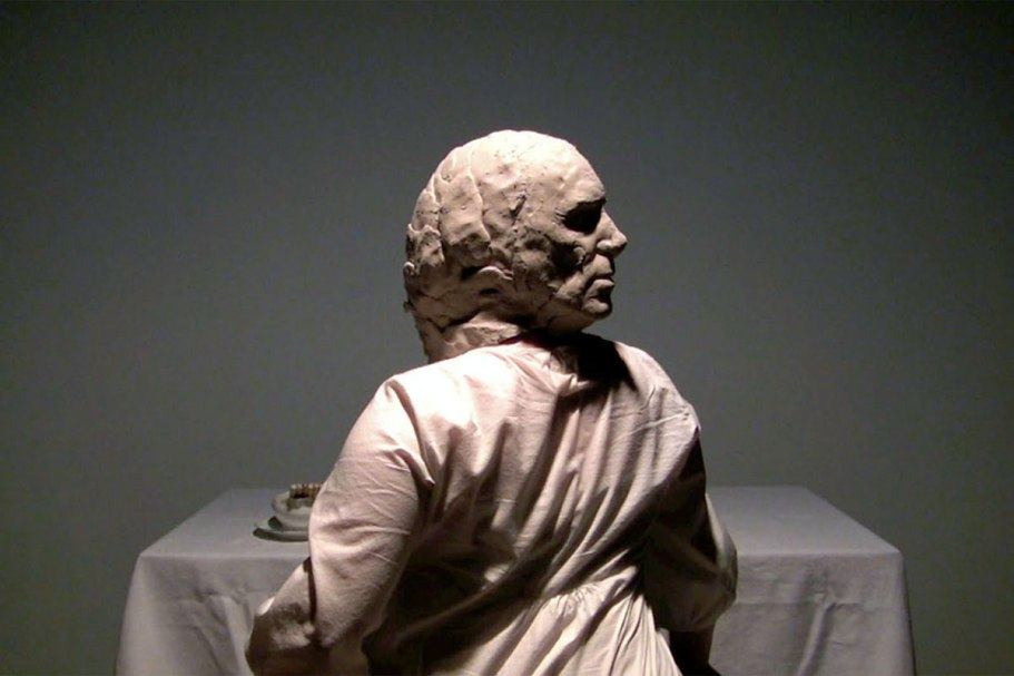 Video Still 2009, Raw clay, linen, Limoges