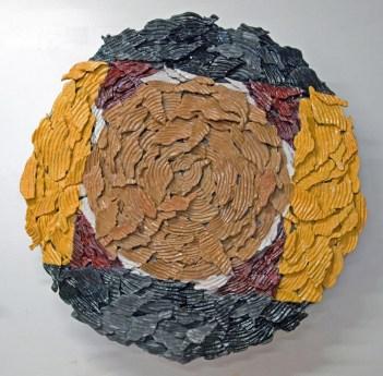 2017. Ceramic (earthenware, slip, terrasigillata, glaze), métal, wood. 94 x 94 x 20 cm