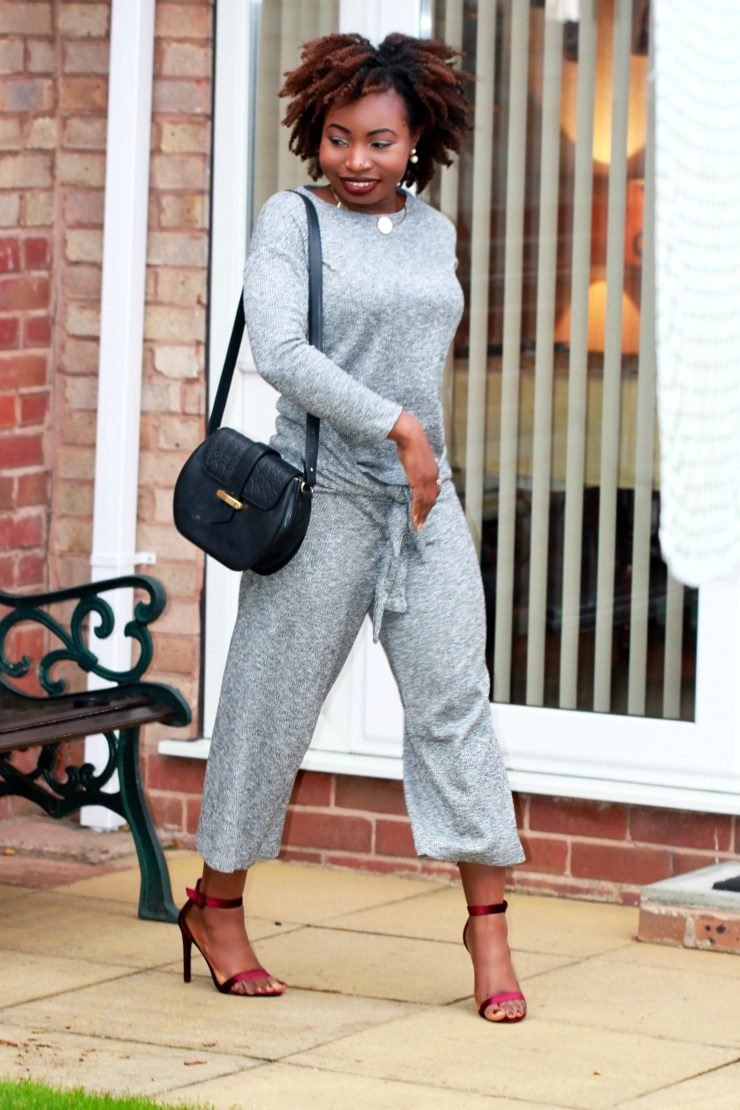 pull n bear grey knit a