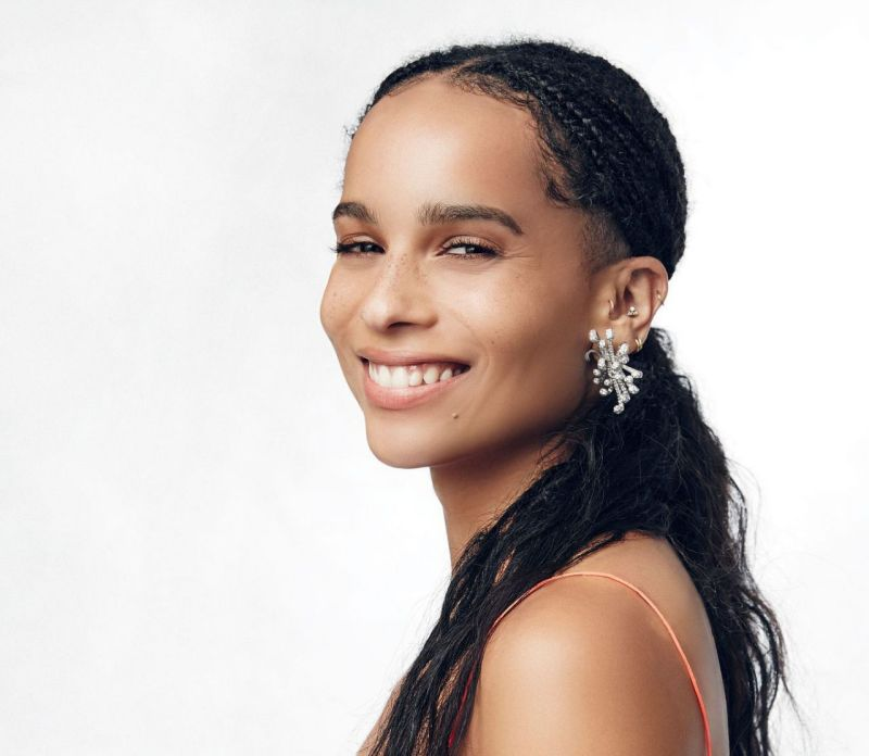 zoe-kravitz-critics-choice-awards-portrait-session-january-2016-5