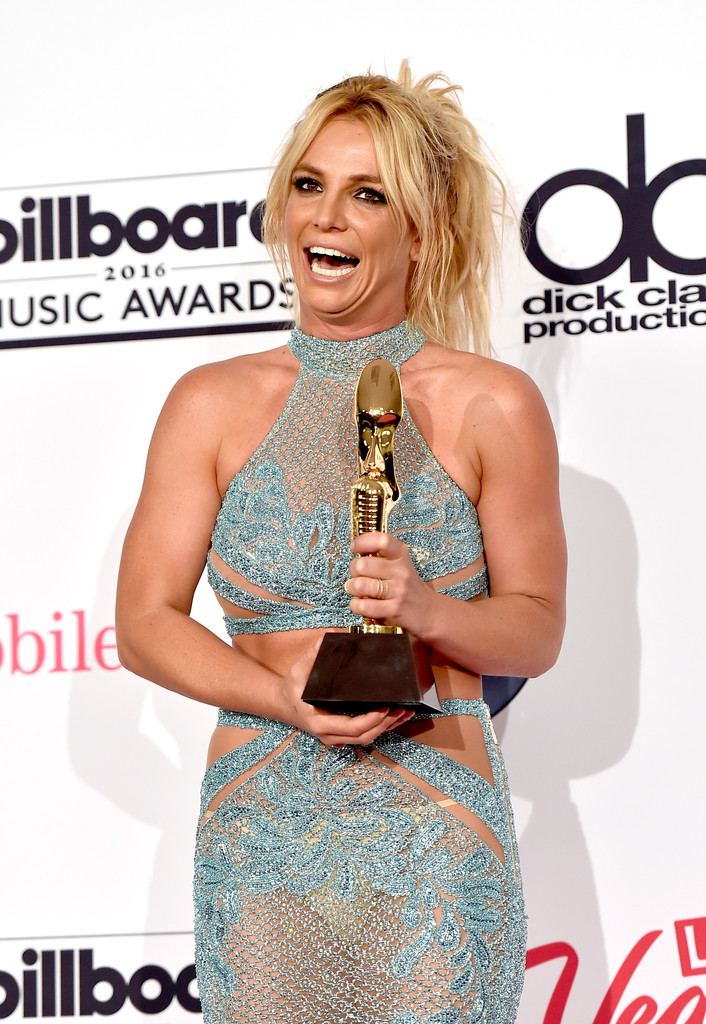 britneyspears2016billboardmusicawards8cz-9wsgzh0x