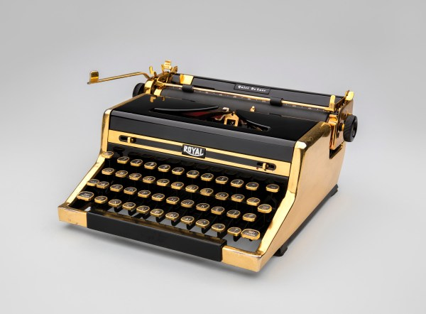 Exhibition Typewriter Innovation In Writing