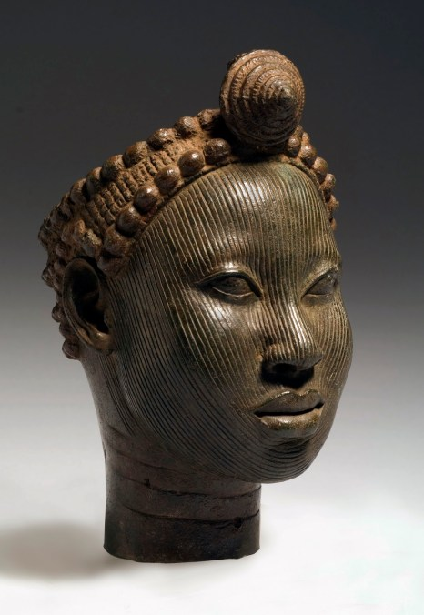 Head with crown. Wunmonije Compound, Ife. 14th-early 15th century C.E. Copper alloy.Fundación Marcelino Botín/Museum for African Art © National Commission for Museums andMonuments, Nigeria Photo, Karin L. Willis