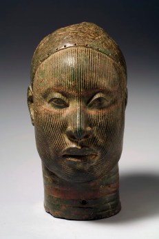 Head, Wunmonije Compound, Ife. 14th-early 15th century C.E.Copper alloy. Fundación Marcelino Botín/Museum for African Art. © National Commission for Museums and Monuments, Nigeria. Photo, Karin L. Willis