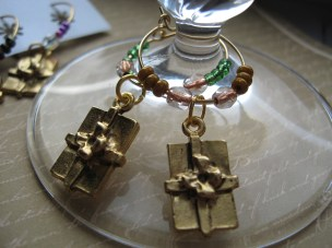 Golden Present Wine Charms (Set of 6)
