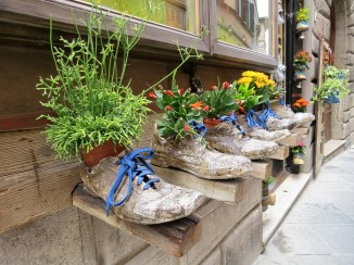 REAL shoes with flowers!