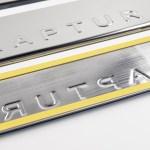 Накладки на пороги в проем дверей (нержавейка) для Renault Kaptur