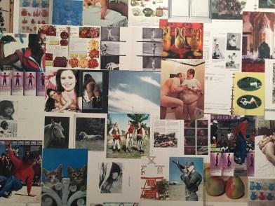 """Mural a la paret de fotos """"kitsch"""""""