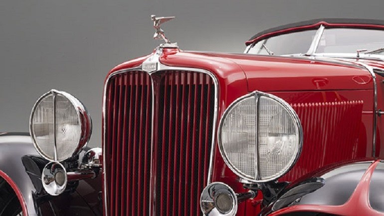 Classic Cars Reveal Extravagance in Depression Era