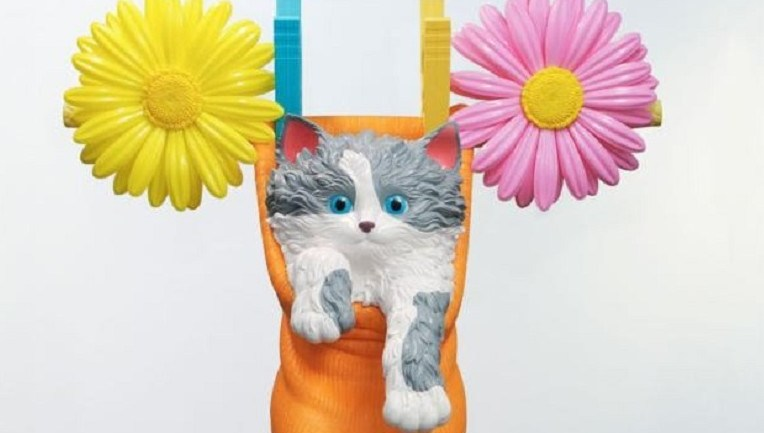 Jeff Koons: 'Cat on a Clothesline' at Art Basel