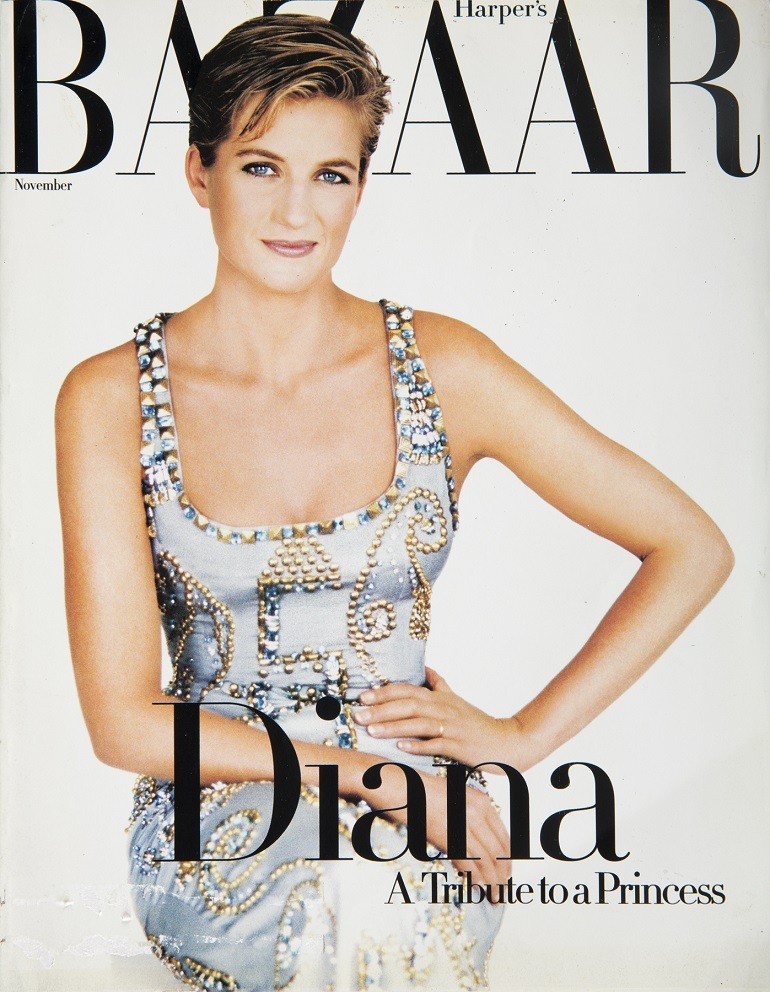 Image: Princess Diana wearing her Versace Dress on the cover of Harper's Bazaar was sold at Julien's Auctions along side Marilyn Monroe's grave marker -News