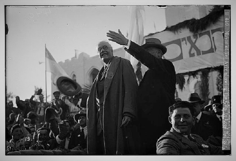 Image: Black and white photograph of the Mayor of Tel Aviv showing the city to Lord Balfour, an issue that was addressed by New Banksy work unveiled in Bethlehem