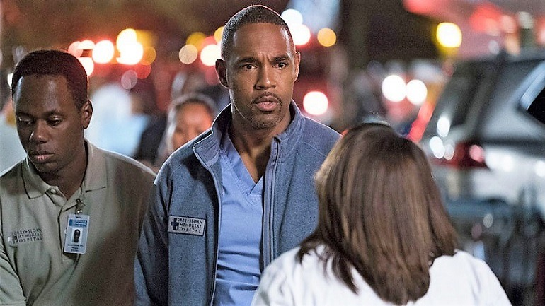 Jason George Becomes a Firefighter in Gray\'s Anatomy Spinoff ...