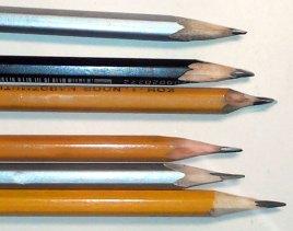 простые карандаши в студии живописи ArtClass