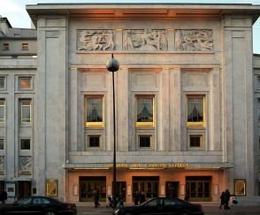 Theatre-des-champs-elysees-