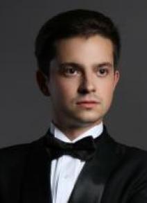 Andriy Gnatiuk basse
