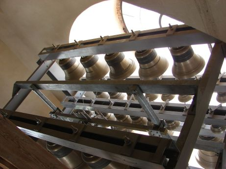 1280px-Carillon_of_PeterAndPaulCathedral_2