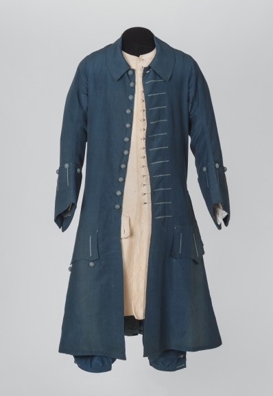 costume-dt-ayant-appartenu-pierre-ier-habit-culotte-veste-1