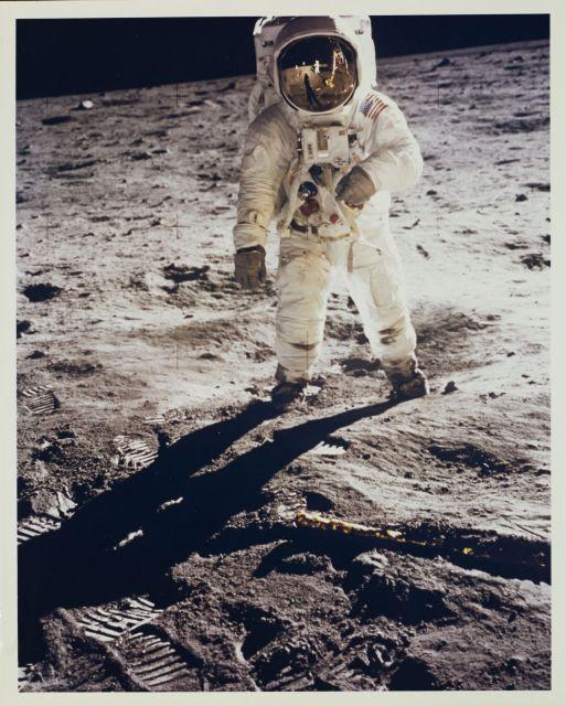 Premier Homme Sur La Lune 1961 : premier, homme, Photography, N°2591, N°93, Artcurial