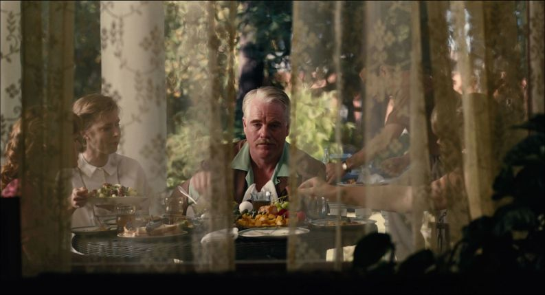 TheMaster- Phillip Seymour Hoffman at Table