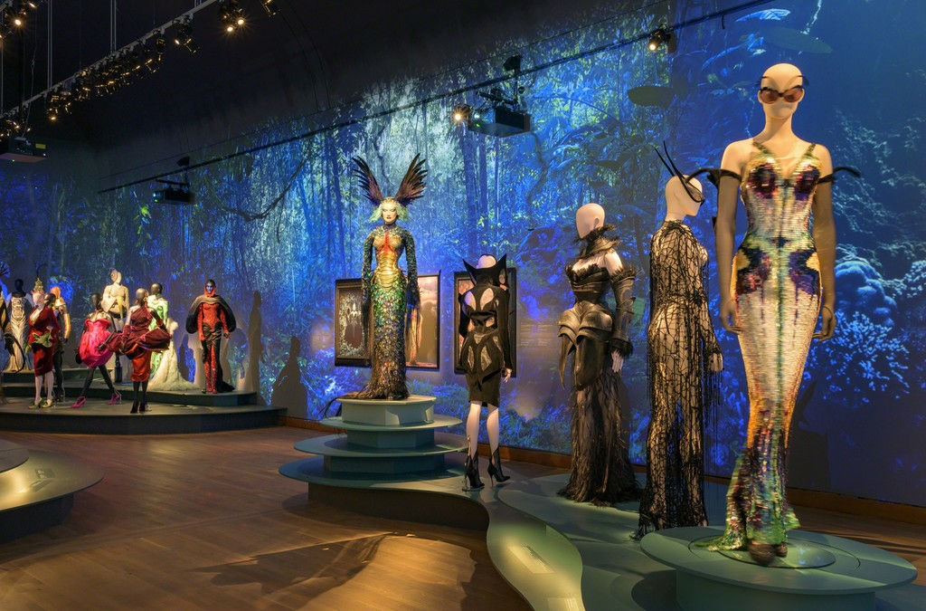 Thierry Mugler Exhibition: Couturissime
