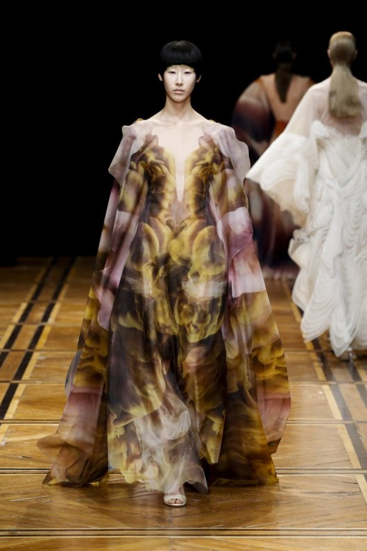 Iris van Herpen 2019 Couture Shift Souls