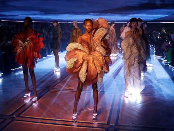Iris van Herpen Couture at Paris Fashion Week