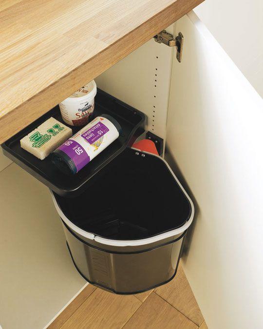 Poubelle intégrée dans un meuble sous-évier