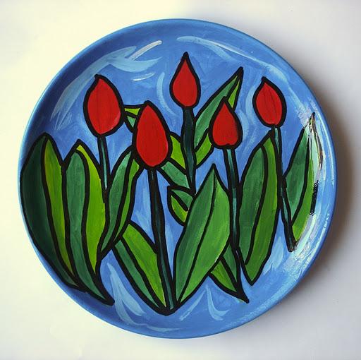 Massimo due euro, avrai anche tu la tazza con il nome, i piatti decorati, le brocche con. Plates Decorated With Acrylic Paint Arte A Scuola