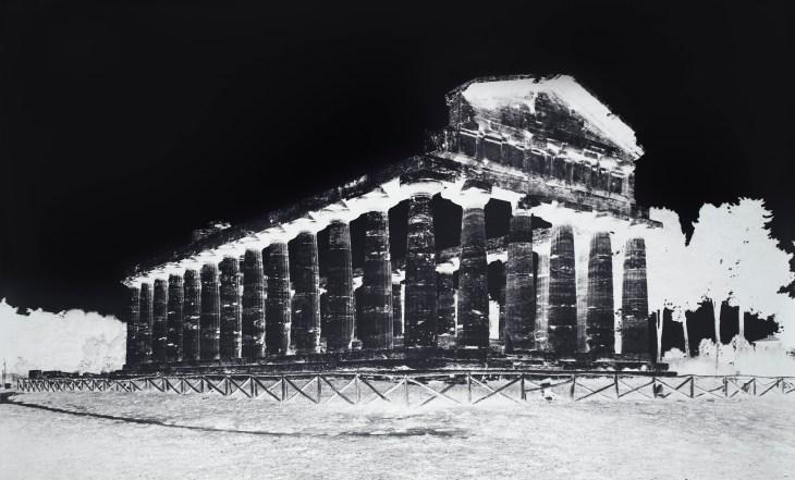LUTTER 2015 Temple of Athena, Paestum, V October 8, 2015_Gagosian.jpg