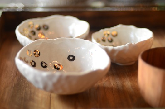 fancy bowls - cream crackle with gold o's - hand pinched + glazed by young californian ceramicist perfect for salt, nuts, wasabi, pickled ginger, jewelry, soap...or just hanging out and looking awesome - $ 36 to $ 48