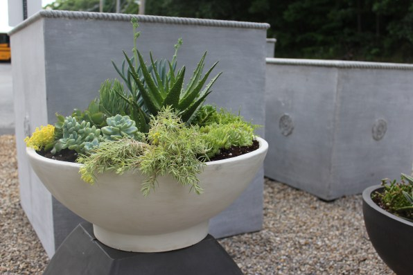 modern planter-florentine square-pennoyer newman@artefacthome