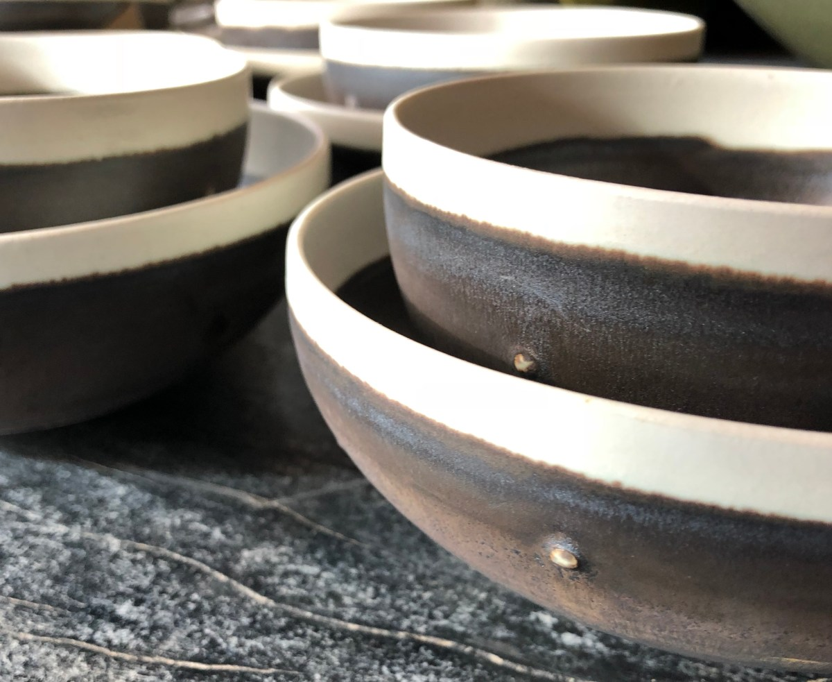 tabletop-kyoto ware-metallic glaze with detail-artefacthome