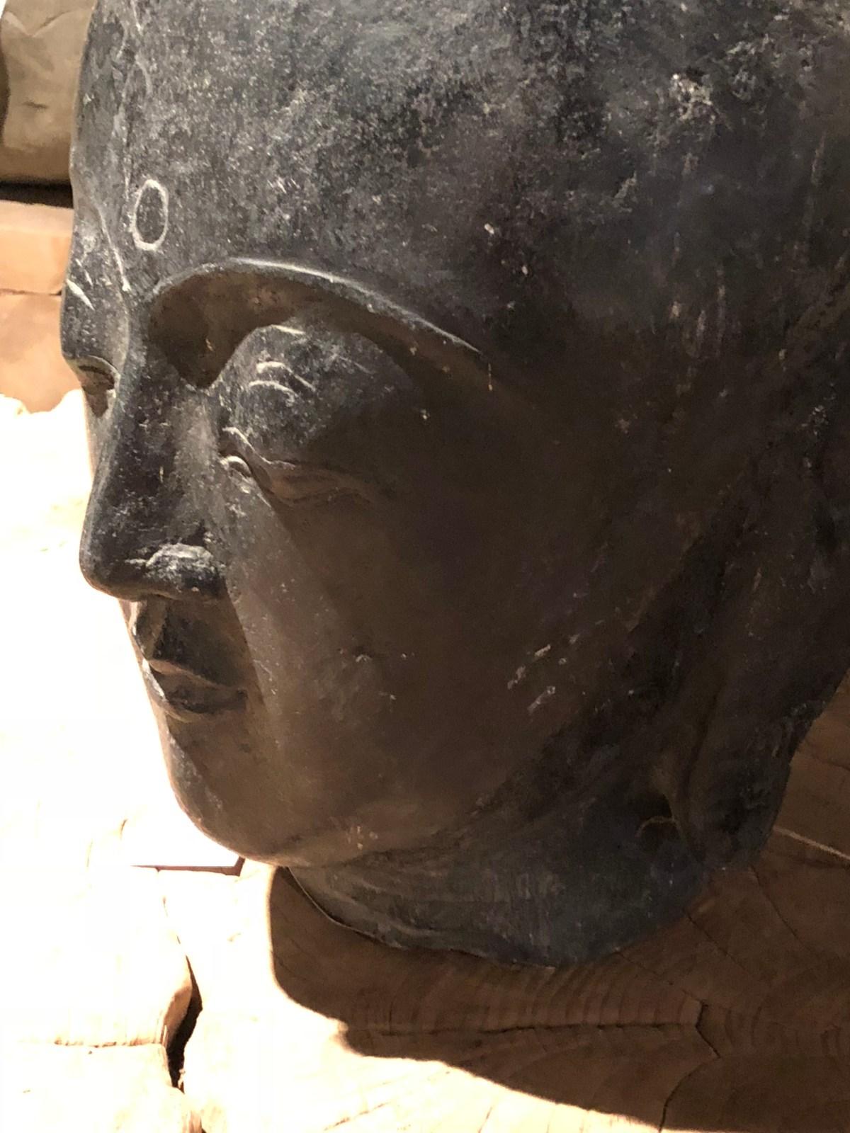 objet-black stone buddha-tx-artefacthome
