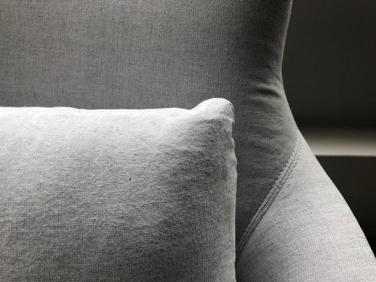 victor-chair-uph sawyer grey-double needle detail 1-verellen@artefacthome