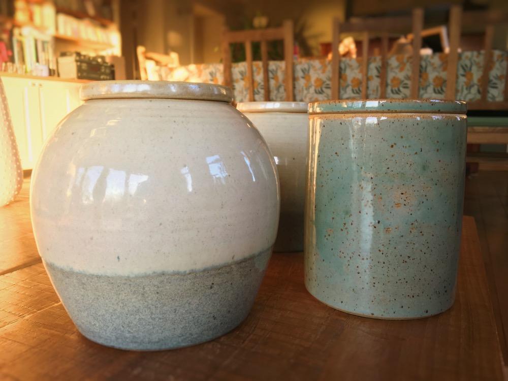 Op maat gemaakte keramische urnen