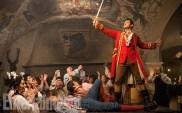 Gaston (Luke Evans) dans la taverne