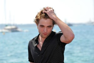 ROBERT PATTINSON SUR LA CROISETTE À CANNES